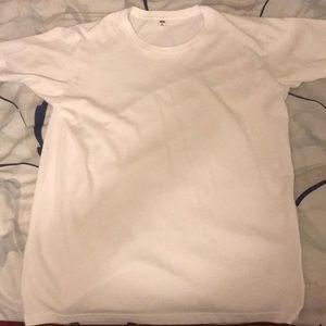 Uniqlo Basic Plain White Tee Shirt